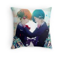 Persona - Makoto Yuki and Yukari Takeba - Guns Throw Pillow