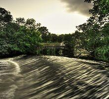 Newlay Weir and Pollard Bridge by m4tthew