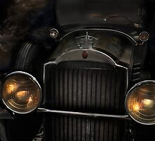 Old 1929 Packard by Corinne Noon