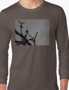birds in tree black and white Long Sleeve T-Shirt