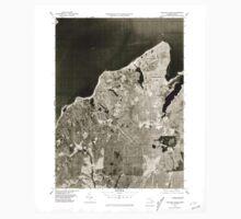 Massachusetts  USGS Historical Topo Map MA Vineyard Haven 351381 1977 25000 Baby Tee