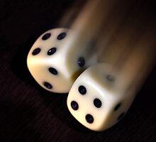 Rolling dices by Rodrigo Sá da Bandeira