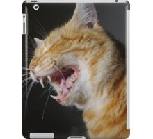 Ginger cat yawning   iPad Case/Skin