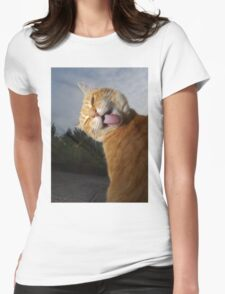 Ginger cat licking fur   Womens Fitted T-Shirt