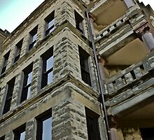 Courthouse Building HDR by hedidwhat