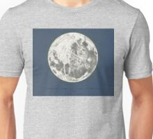 """Moon & Tolkien quote -""""Moonlight drowns out all but the brightest stars."""" Unisex T-Shirt"""