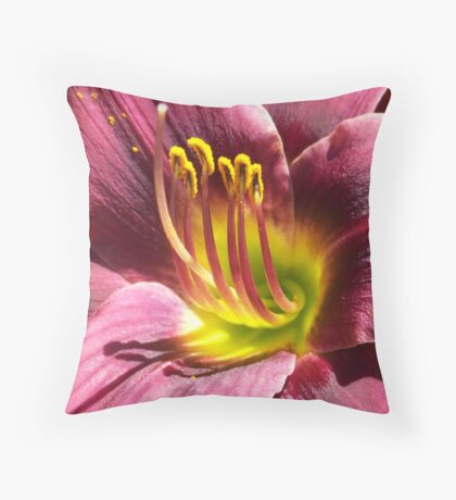 Daylily. Throw Pillow