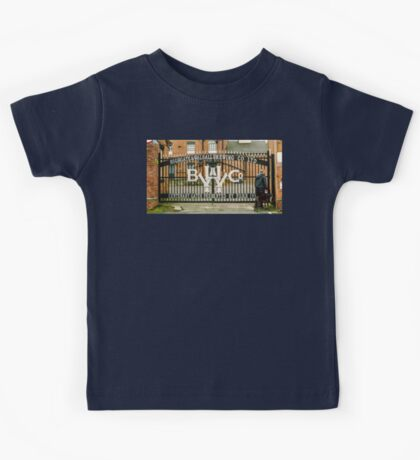 One man, One dog and one former local and popular brewery  Kids Tee