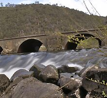 Arches @ The Gorge Launceston by Thow's Photography .