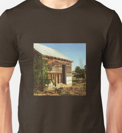 Distressed Red Barn Located in Washington State Unisex T-Shirt