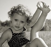 The Little Gymnast by laruecherie