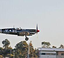 Spitfire, Wheels down by bazcelt