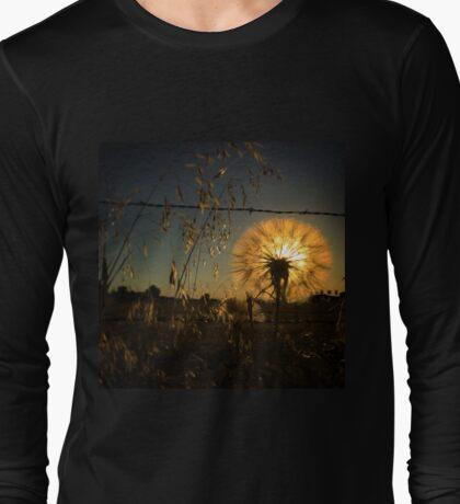 Illuminating dandelion at dusk Long Sleeve T-Shirt