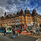 Leeds Kirkgate Market by Yhun Suarez
