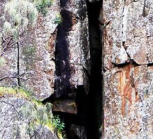 Cataract Gorge Rocks 1M by MyceanSage