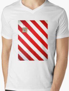 Benidorm Abstract 2 Mens V-Neck T-Shirt