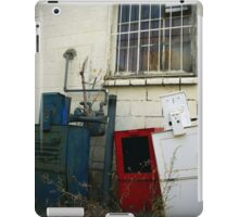 Who Reads Newspapers Anymore? iPad Case/Skin