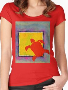 RED HONU SEA TURTLE YELLOW SQUARE Women's Fitted Scoop T-Shirt