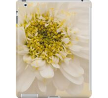 White Mini Chrysanthemum Macro iPad Case/Skin