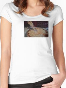 PIZZA PIZZA (NICEJOBDESIGNS Women's Fitted Scoop T-Shirt
