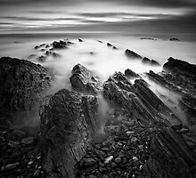 Razor Back Rocks by Graham Stirling
