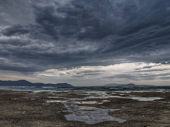 Storm brewing by CezB