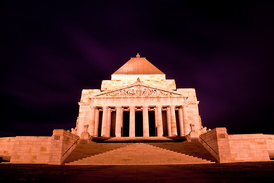 Melbourne Shrine of Rememberance by Gavin Poh