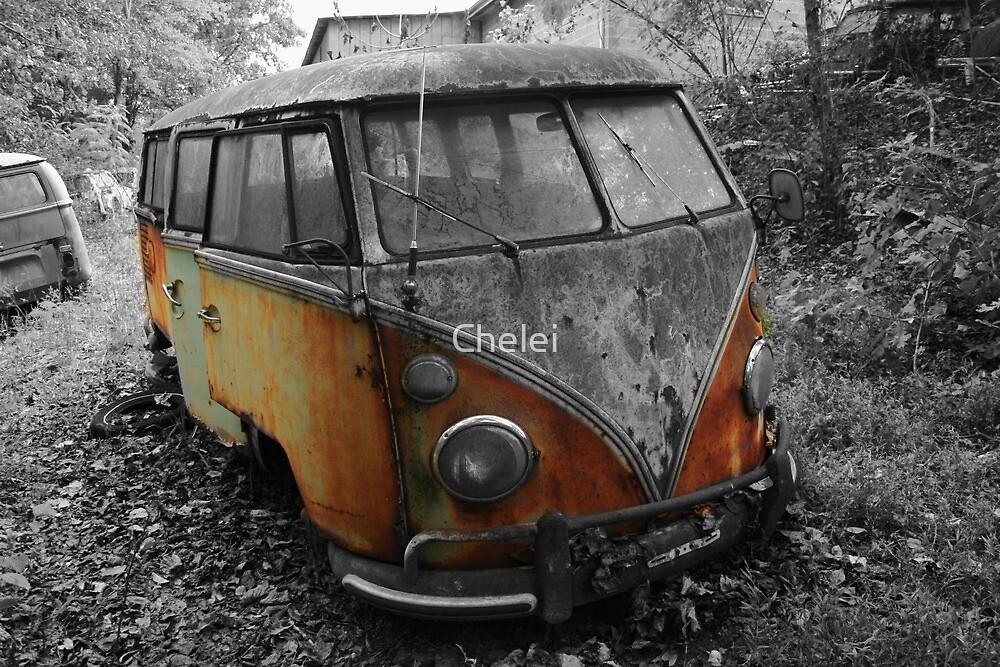 Dead Bug by Chelei