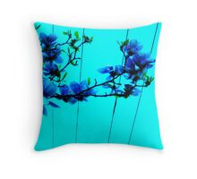 blue flower wire Throw Pillow