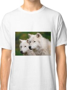 Arctic Wolf Pair Classic T-Shirt