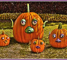 PUMPKIN FAMILY by RGHunt