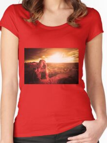 Red Canyon Women's Fitted Scoop T-Shirt