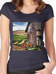 Rustic Barn in Wine Country with John Deere Equipment  Women's Fitted Scoop T-Shirt