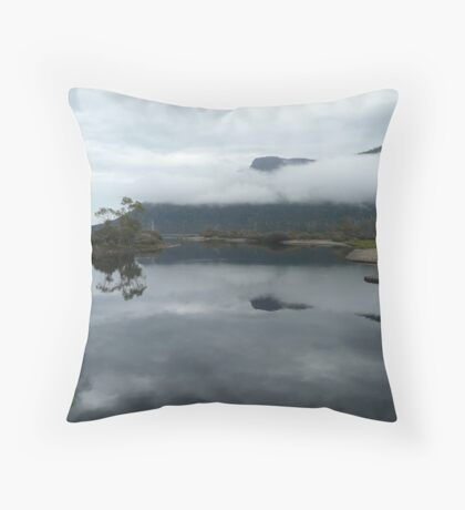 Overland track Throw Pillow