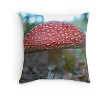fly agaric 1 Throw Pillow