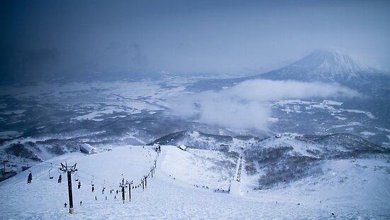 Niseko Skiing, Hokkaido, Japan by Bartt