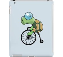 Turtle Likes to Ride. iPad Case/Skin