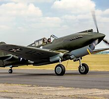 Curtiss P-40B 41-13297 G-CDWH Taxying by Colin Smedley