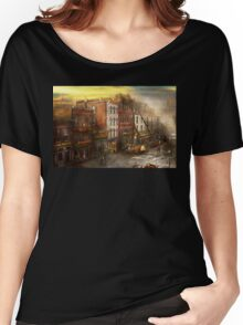 Fireman - Washington DC - Fire at Bedell's Bedding 1915 Women's Relaxed Fit T-Shirt