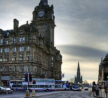 Buses on Princes Street by Tom Gomez