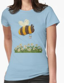 Bumble Bear with honey flies home Womens Fitted T-Shirt
