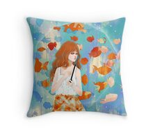 Fish in the rain 魚と雨 Throw Pillow