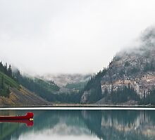 Morning on Lake Louise by traveller