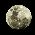 Full moon (full frame, No cropping!) by BigAndRed