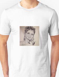 HALLE BERRY PORTRAIT T-Shirt