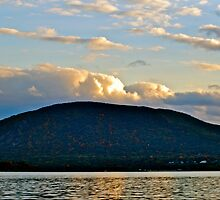 Storm King mountain by Nancy Rohrig