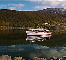 Snowdon Star Llyn Padarn by ten2eight