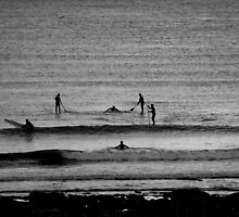 Paddleboarders meeting by desertman