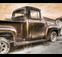 Ford V8 Old Timey-Look HDR by maventalk