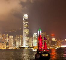 Hong Kong Junk by Paul Thompson Photography
